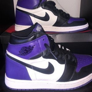 Nike Jordan 1 Retro Court Purple
